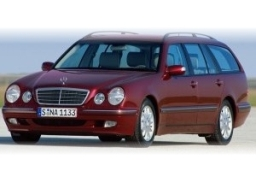 Mercedes-Benz E-Class estate (S210)