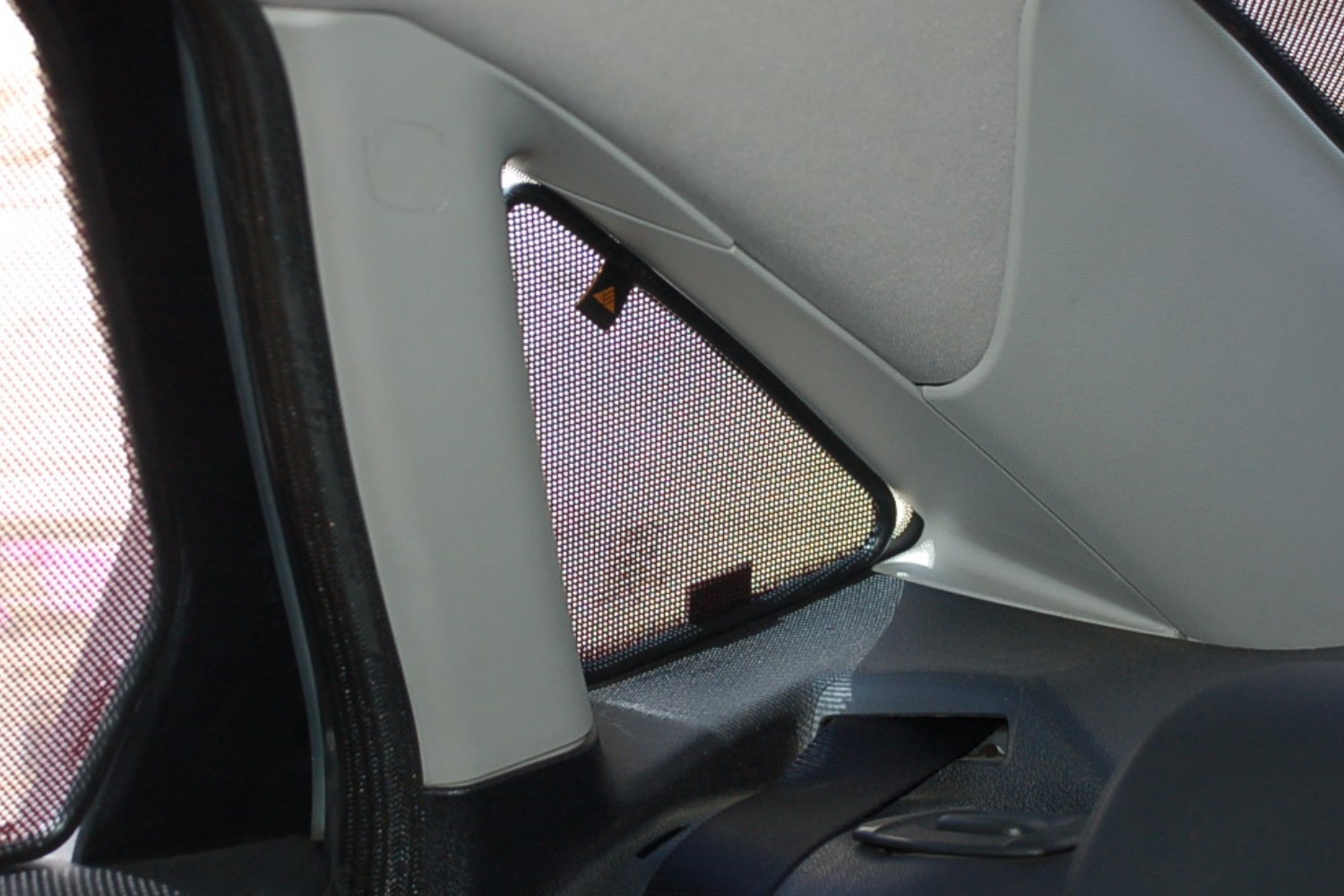 Sun shades Audi 100 1988-1994 4-door saloon Trokot - quarter windows