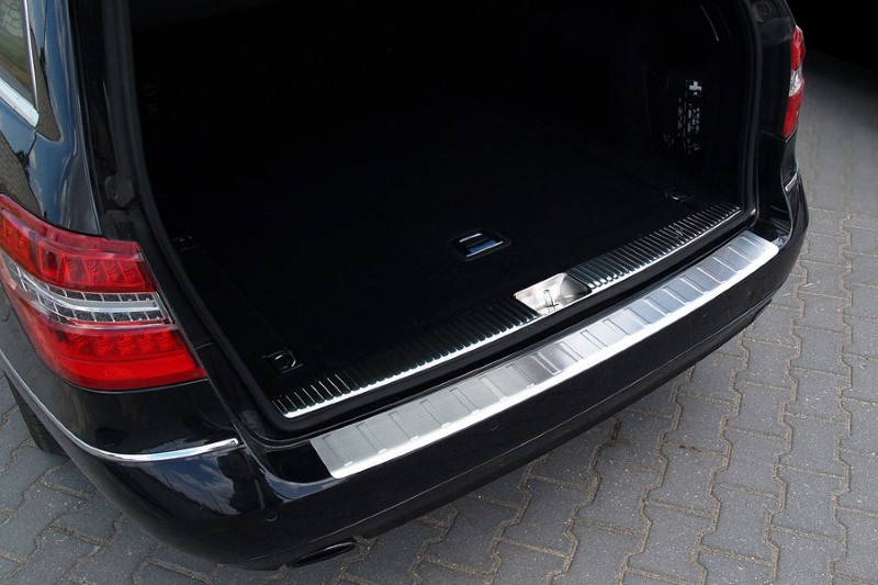 Rear bumper protector Mercedes-Benz E-Class estate (S212) 2009-2013 stainless steel