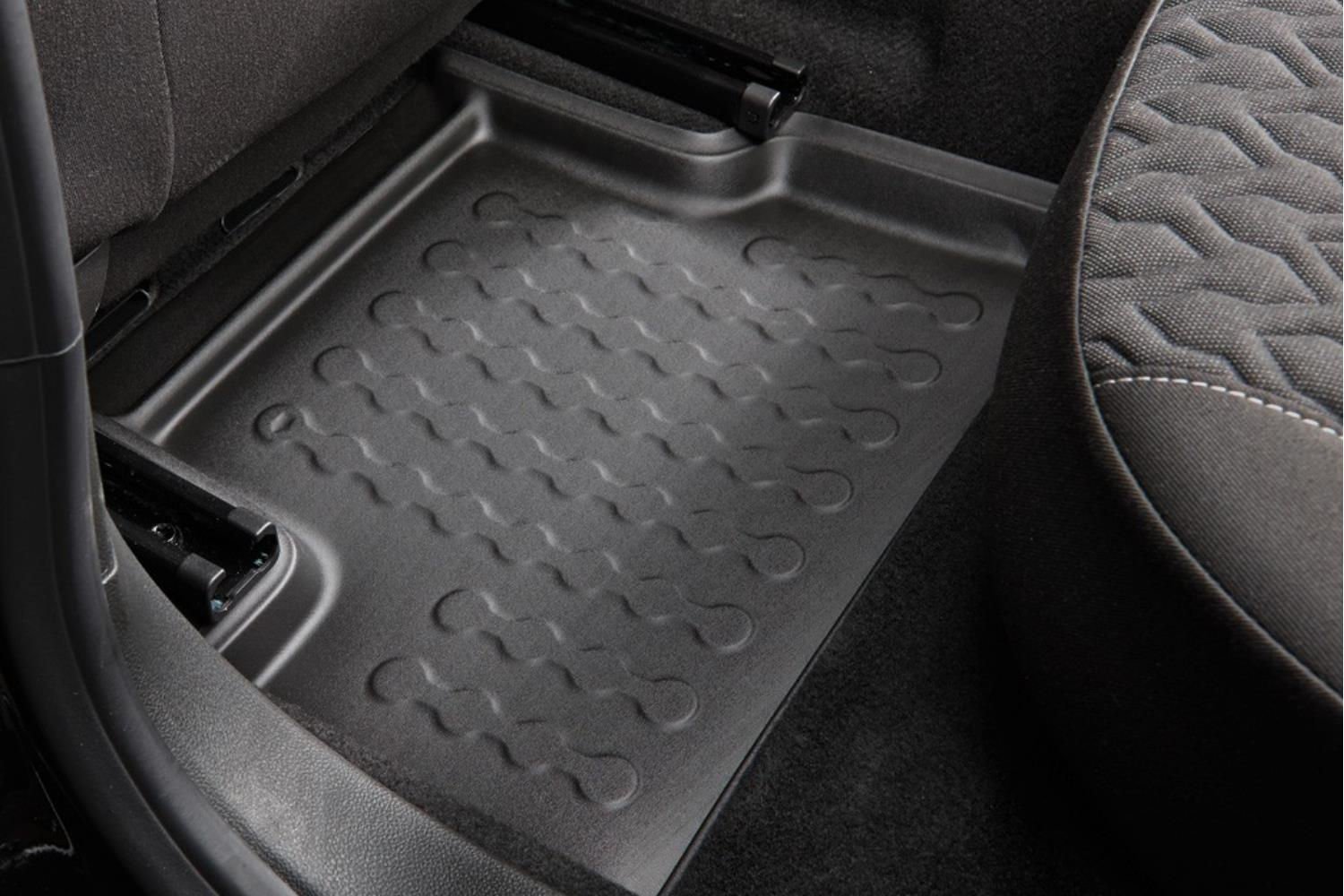 Example - Carbox car mat PE rubber - rear-left - black (2)