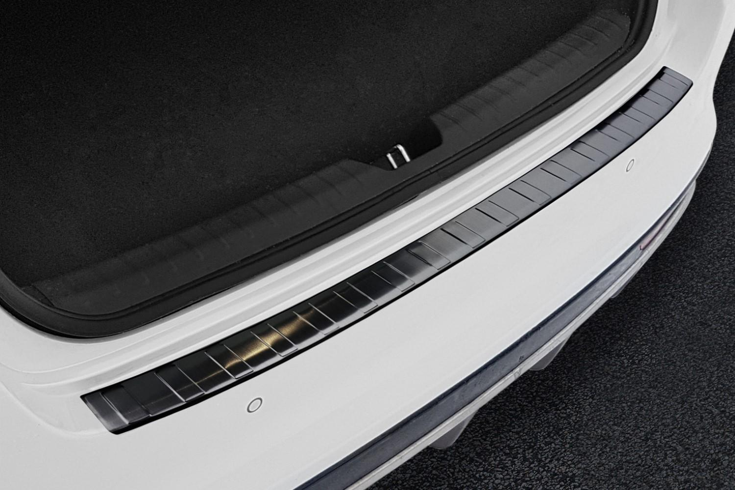 Rear bumper protector Kia Optima (JF) 2015-present 4-door saloon stainless steel anthracite