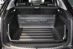 Alfa Romeo Stelvio (949) 2017-present Carbox Classic YourSize 99 high sided boot liner (ALF1STCC) (1)