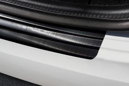 Audi A3 Limousine (8V) 2016-> 4-door saloon rear bumper protector stainless steel black (AUD9A3BP) (4)