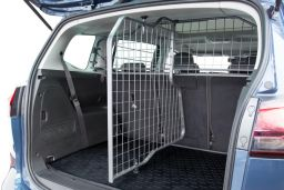 Example cargo divider (BMW3X5DGD)