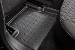 Example - Carbox car mat PE rubber - set - black (4)