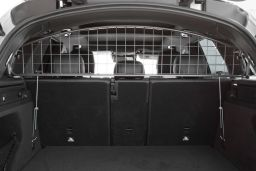 Example dog guard / Hundegitter / hondenrek / grille pare-chien
