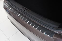 Rear bumper protector Fiat Tipo (Type 357) 2016-present 5-door hatchback stainless steel - carbon foil (FIA2TIBA) (1)