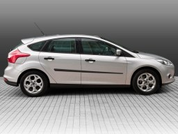 Ford_Focus__11_s_4fe805c70cd17.jpg