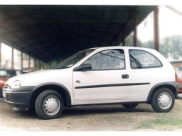 Opel Corsa B '93-'00 side protection set