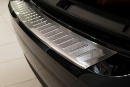 Renault Fluence 2012-> 4-door saloon rear bumper protector stainless steel (REN1FLBP) (1)