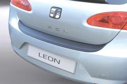 Seat Leon (1P) 2005-2009 5-door hatchback rear bumper protector ABS (SEA6LEBP)