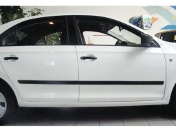 Skoda Rapid '12- side protection set