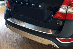 Volvo XC70 (P24) 2007-2013 wagon rear bumper protector stainless steel (VOL2X7BP) (1)