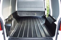 Volkswagen Transporter T5 2003-2015 Carbox Classic high sided boot liner (VW1T5CC) (1)