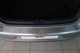 Rear bumper protector Volkswagen Golf VII (5G) 2012-2020 3 & 5-door hatchback stainless steel (VW27GOBA) (1)