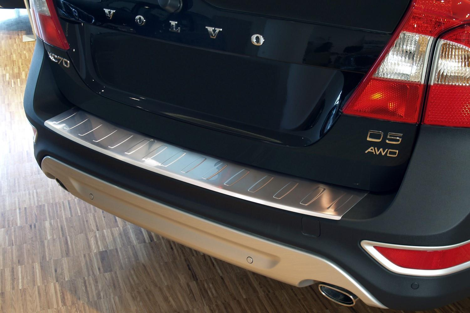 Rear bumper protector Volvo XC70 (P24) 2007-2013 wagon stainless steel