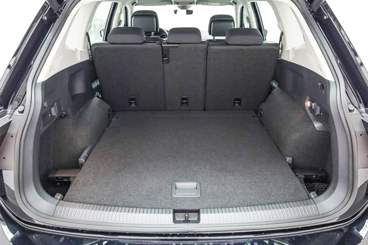 vw tiguan ii allspace kofferraumwanne car parts expert. Black Bedroom Furniture Sets. Home Design Ideas